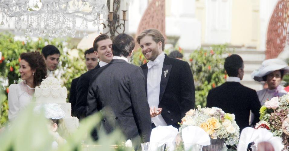 "Os atores Klebber Toledo e Thiago Fragoso gravam cenas da nova novela das seis ""Novo Tempo"" (26/6/12)"