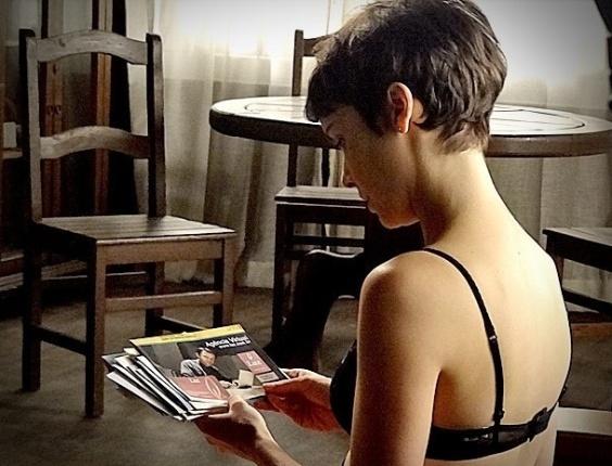 "Débora Falabella em cena de ""Avenida Brasil"" (6/7/2012)"