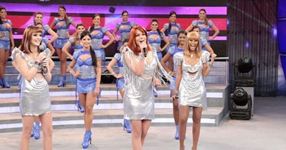 """Em """"Cheias de Charme"""", Empreguetes se apresentam no Faustão (13/7/12)"""