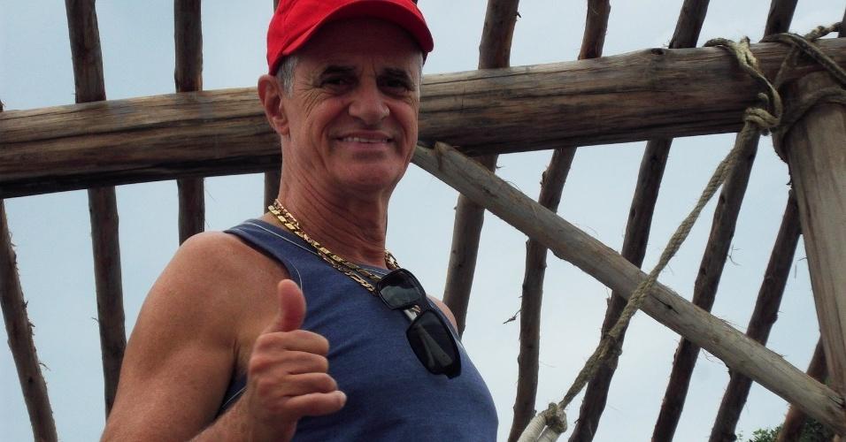 """Marcos Caruso no bastidor da gravação de """"Avenida Brasil"""" que aconteceu nesta quarta em Cabo Frio, região dos lagos do Rio (18/7/12)"""