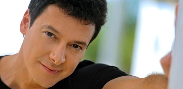 O apresentador Rodrigo Faro, que terá novo programa na Record