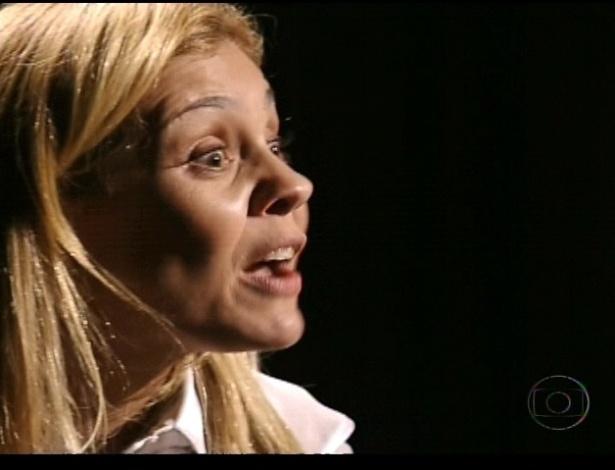 Carminha diz a Nina que ela é quem irá se vingar, revelando que lhe deu sonífero (21/7/12)