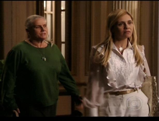 Mãe Lucinda pergunta a Carminha se ela matou Nina, e ela diz que sim. Depois de assustá-la, diz que é brincadeira, e que não a matou (21/7/12)