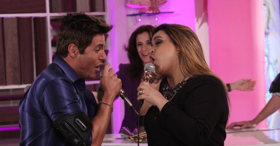 """Ricardo Tozzi participa de gravação de cena de """"Cheias de Charme"""" com a cantora Preta Gil (26/7/12)"""
