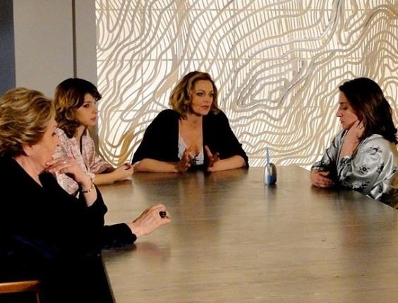 Sônia comunica à família que Sarmento sumiu (26/7/12)