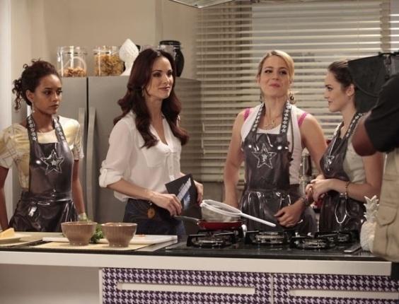 """Em """"Cheias de Charme"""", Empreguetes gravam participação no """"Vídeo Show"""" ao lado de Ana Furtado (27/7/12)"""