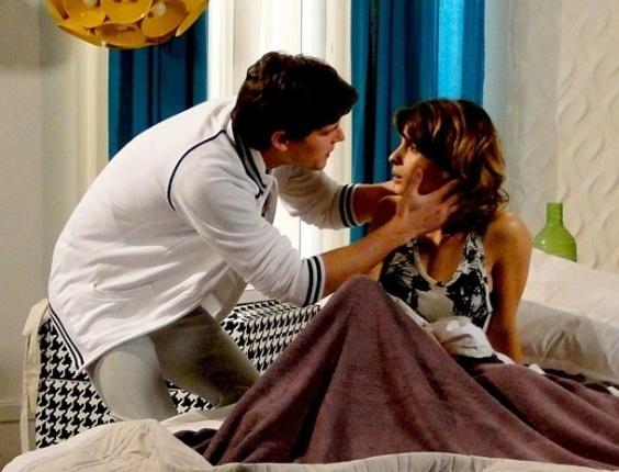 """Em """"Cheias de Charme"""", Conrado diz que vai mudar de vida e não inclui Isadora em seus planos (6/8/12)"""