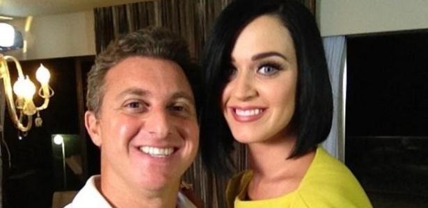 Katy Perry conversa com Luciano Huck (11/8/2012)