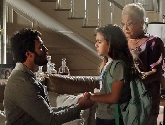 """Em """"Amor Eterno Amor"""",  Clara revela a Rodrigo que ele não foi feliz na outra vida (10/8/12)"""