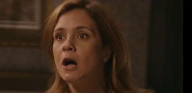 """Em """"Avenida Brasil"""", Carminha tenta comprar aliado e dispara """"vamos ver quem cai aqui"""" (10/8/12)"""