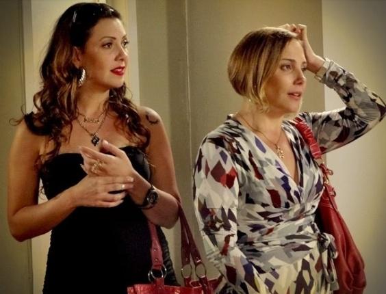 """Em """"Avenida Brasil"""", Verônica tenta fazer Monalisa desistir de morar no prédio dela (14/8/12)"""