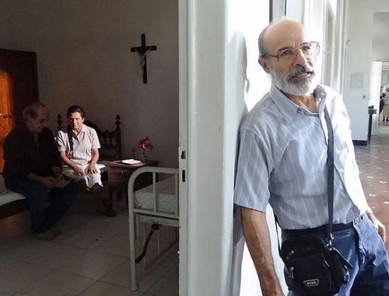"""Em """"Amor Eterno Amor"""", Virgílio descobre o paradeiro de Angélica (16/8/12)"""