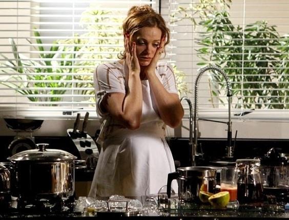 """Em """"Cheias de Charme"""", Sônia encara primeiro dia de empreguete  (17/8/12)"""