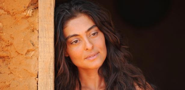 Para compor a personagem Gabriela no remake de Walcyr Carrasco, a atriz Juliana Paes tratou os cabelos com Tiago Parente, do salão Fashion Clinic