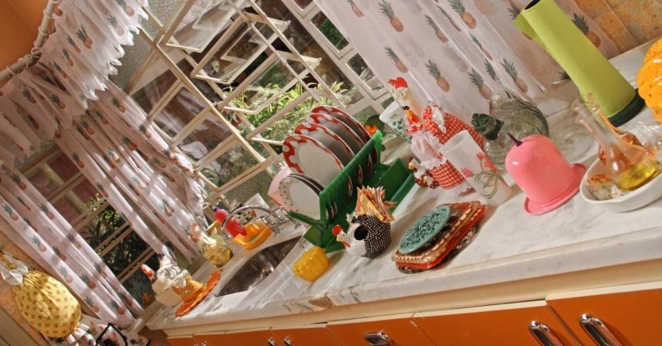 A cozinha ficou mais prática com menos objetos e o local ficou mais arejado