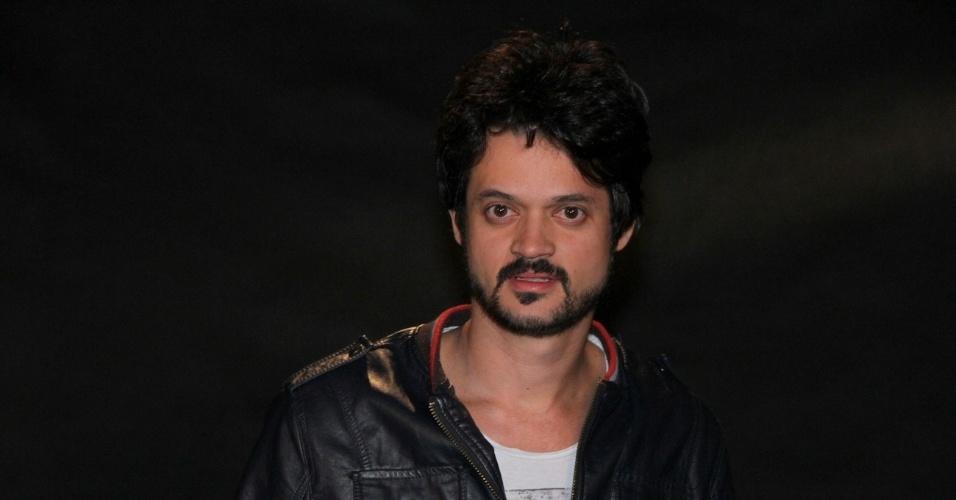 """O ator Álamo Facó participou da coletiva de apresentação da novela """"Lado a Lado"""", no Projac, zona oeste do Rio (24/8/12)"""