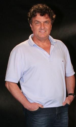 """O ator Werner Schunemann participou da coletiva de apresentação da novela """"Lado a Lado"""", no Projac, zona oeste do Rio (24/8/12)"""