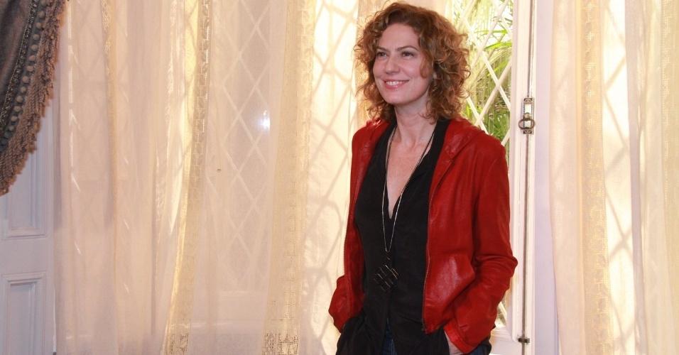 """Patrícia Pillar participou da coletiva de apresentação da novela """"Lado a Lado"""", no Projac, zona oeste do Rio (24/8/12)"""