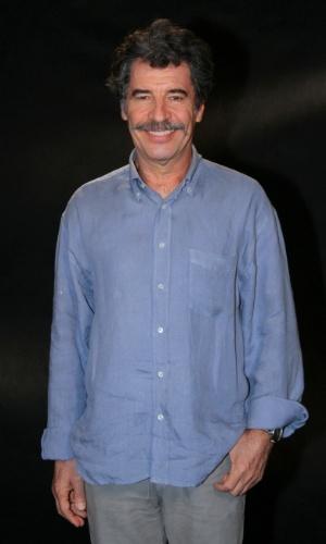 """Paulo Betti participou da coletiva de apresentação da novela """"Lado a Lado"""", no Projac, zona oeste do Rio (24/8/12)"""