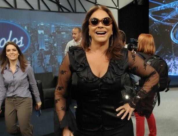 """Fafá de Belem, nova jurada do """"Ídolos"""", participa de entrevista coletiva para apresentar a 5ª edição do programa (28/8/12)"""