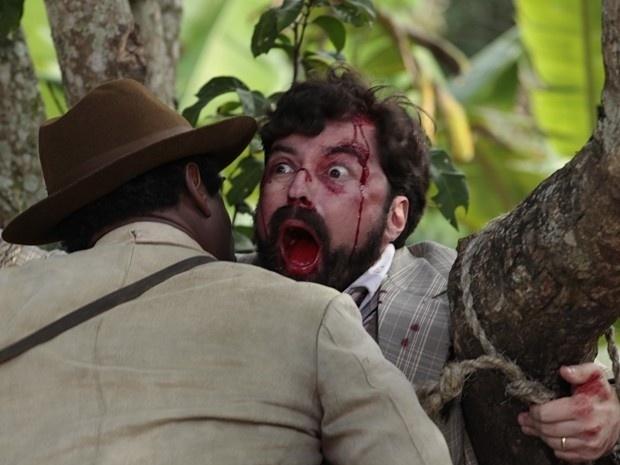 """Em """"Gabriela"""", coronel Ramiro manda capar o príncipe Sandra e dá uma surra em Anabela (30/8/12)"""