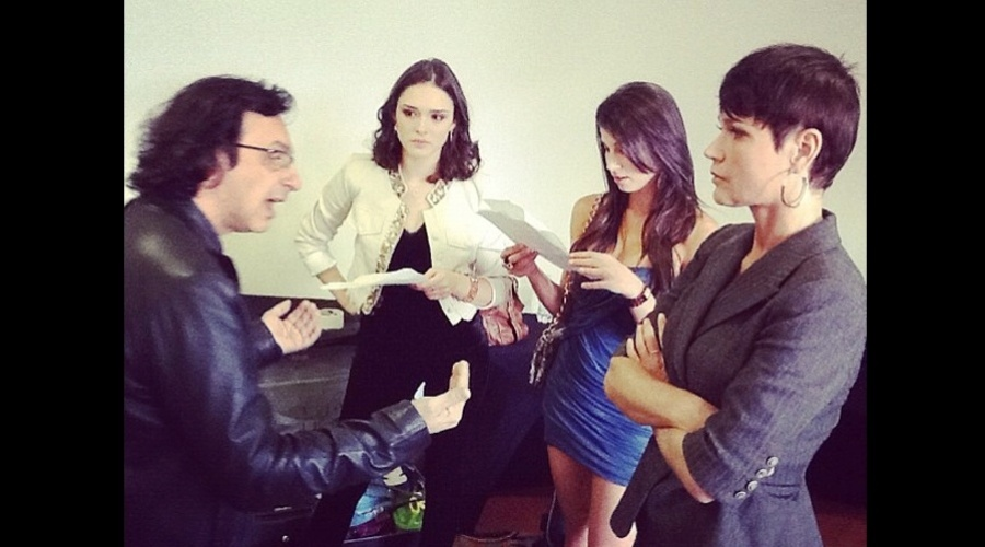 """Xuxa gravou participação na novela """"Cheias de Charme"""" (29/8/12)"""