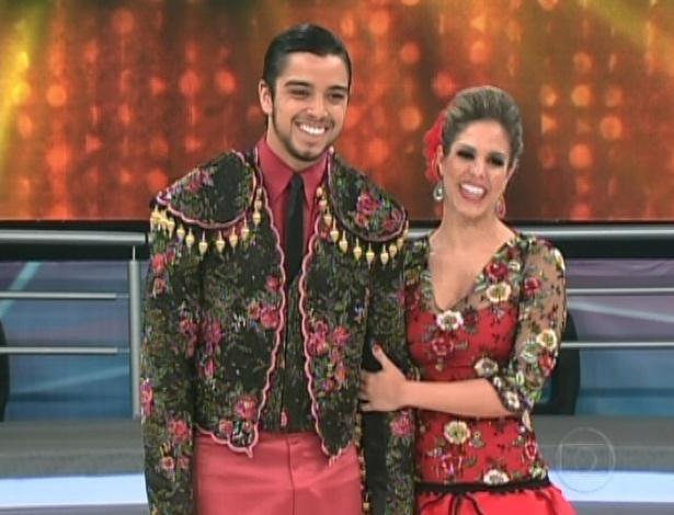 Rodrigo Simas e Raquel Guarini aguardam avaliação dos jurados