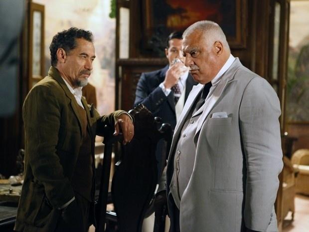 """Em """"Gabriela"""", coronel Ramiro encomenda a morte de Mundinho Falcão (4/9/12)"""