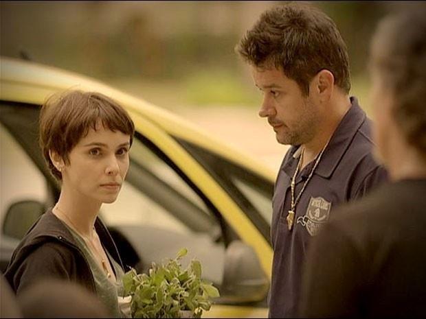 """Em """"Avenida Brasil"""", Nina vai embora da casa de Tufão (6/9/12)"""
