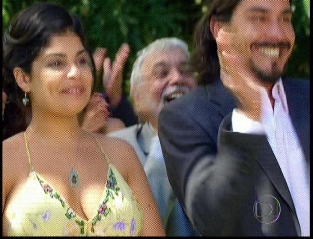 """Em """"Amor Eterno Amor"""", Gracinha e Pedro comemoram a felicidade de Miriam e Rodrigo (7/9/12)"""