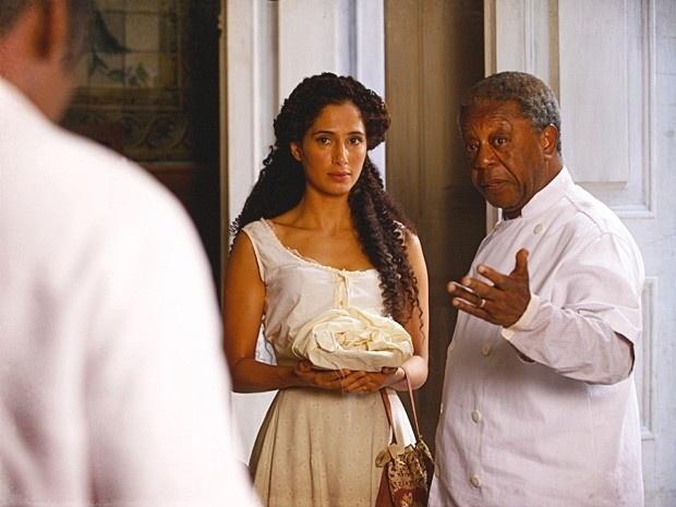 """Em """"Lado a Lado"""", Zé Maria avisa Seu Afonso que pedirá Isabel em namoro (10/9/12)"""