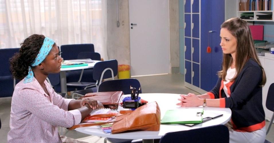 """Em """"Carrossel"""", mãe de Cirilo pede para professora Helena conversar com o filho (13/9/12)"""