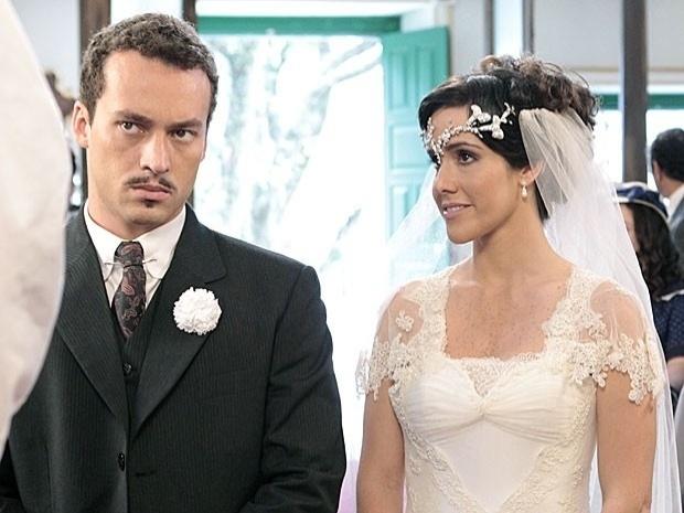 """Em """"Gabriela"""", Zuleika se casa com Berto e tem que aturar as ordens de Dorotéia (18/9/12)"""