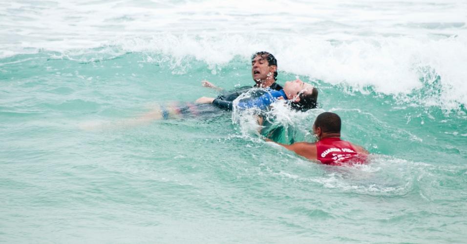 Na reta final de ?Cheias de Charme?, Samuel, vivido por Miguel Roncato, vai sofrer um grave acidente no mar (18/9/12)