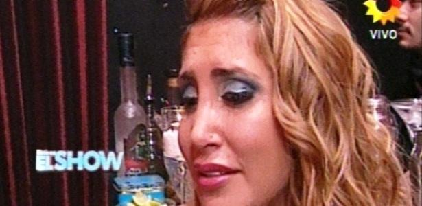A participante do concurso Ayelén Paleo se envolveu amorosamente com o produtor Santiago Bal, marido de uma jurada, a atriz Carmen Barbieri...