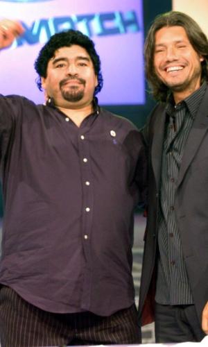 """Em 2004, quando o show chamava-se """"Videomatch"""", Diego Maradona foi atração ao lado de Tinelli"""