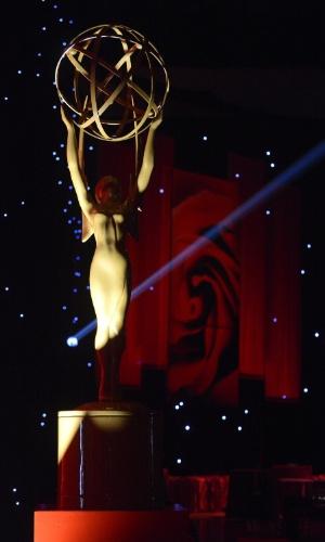 Já começaram os preparativos para o Emmy Awards que acontece neste domingo (23) no Nokia Theatre, em Los Angeles (20/9/12)