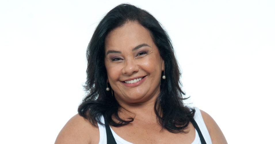 A atriz Solange Couto, 55 anos, está de volta a TV depois do nascimento do seu terceiro filho Benjamin