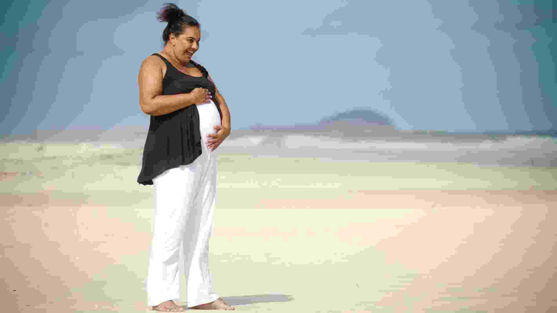 Aos 54 anos, em 2011, a atriz Solange Couto, ficou grávida de um menino, Benjamim, seu filho com o estudante de engenharia Jamerson Andrade, trinta anos mais novo, - Marcos Michael/Folhapress