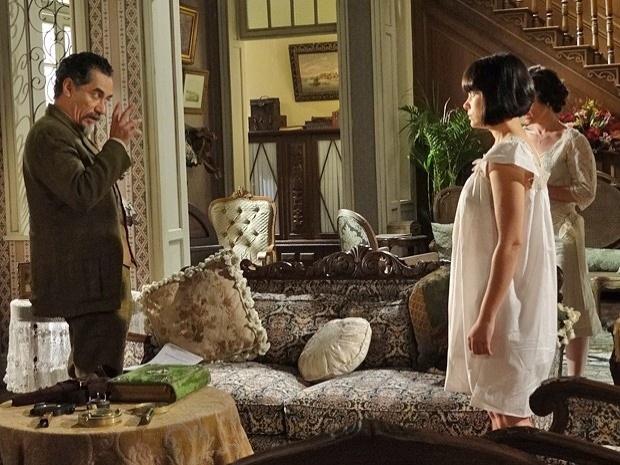 """Em """"Gabriela"""", coronel Melk descobre que Rômulo é casado e ameaça matar o engenheiro e Malvina (21/9/12)"""