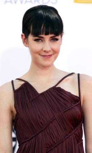 A atriz Jena Malone chega à 64ª edição do Emmy Awards, em Los Angeles, nos EUA (23/9/12)