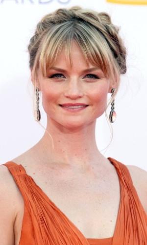 A atriz Lindsay Pulsipher chega à 64ª edição do Emmy Awards, em Los Angeles, nos EUA (23/9/12)
