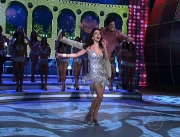 """Claudia Ohana e Rodrigo Simas voltam ao """"Domingão do Faustão"""" após a final da """"Dança dos Famosos"""" e dançam juntos (23/9/12)"""