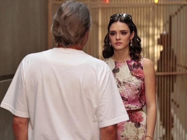 """Em """"Cheias de Charme"""", Cida humilha Sarmento e diz que se depender dela ele nunca sairá da prisão (24/9/12)"""