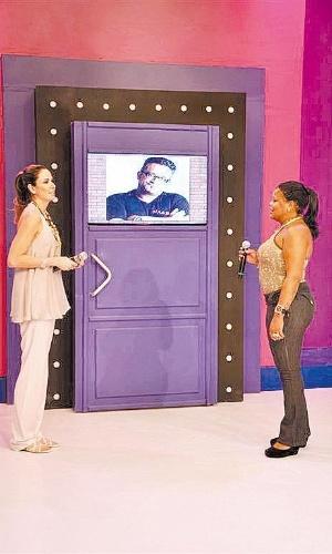 """Luciana Gimenez entrevista a funkeira Tati Quebra Barraco no """"SuperPop"""" (2009)"""
