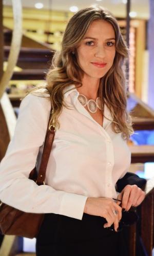 """Em """"Guerra dos Sexos"""", Luana Piovani interpreta Vânia (2012)"""