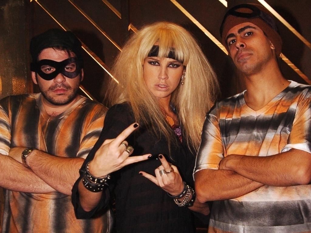 Leandro Hassum, Luana Piovani e Marcius Melhem em episódio do programa