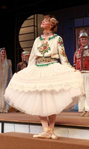 """Luana Piovani na peça infantil """"O Soldadinho e a Bailarina"""" (2010)"""