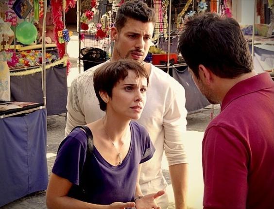 """Em """"Avenida Brasil"""", Nina conta para Tufão que enviou bilhete sobre sequestro de Carminha"""