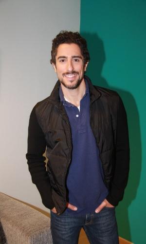 """O apresentador Marcos Mion participou da gravação da novela """"Rebelde"""" no Recnov, no Rio de Janeiro (27/9/12)"""